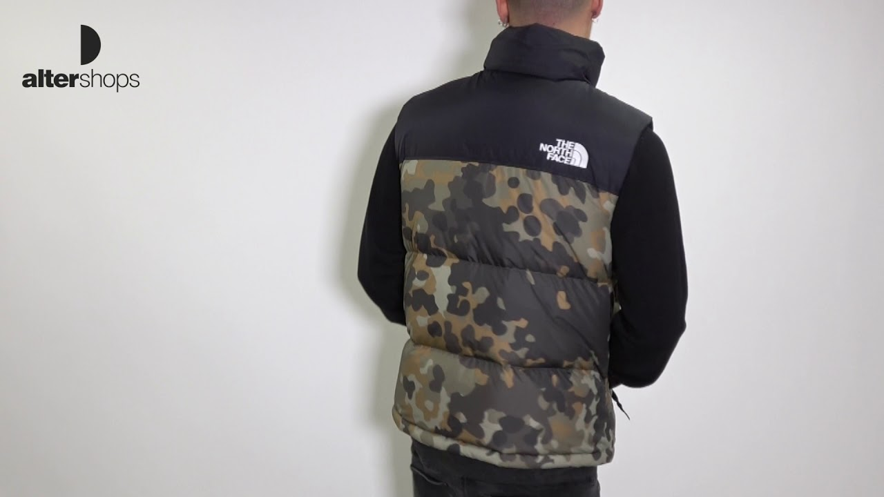 29942f93a 1996 RETRO SEASONAL NUPTSE VEST