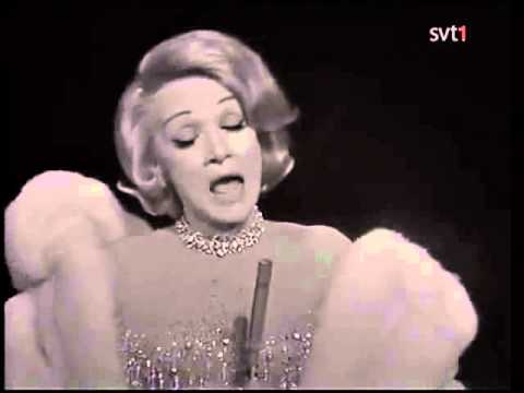 Marlene Dietrich - Honeysuckle Rose