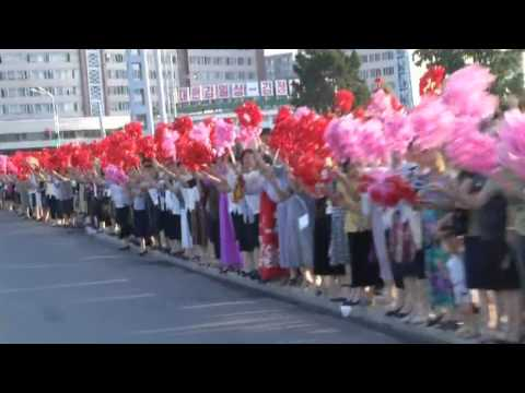 London 2012: North Korean athletes enjoy rapturous return