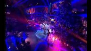 X-Factor Final: Leona - A Moment Like This