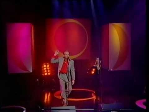 Heaven 17 and Carole Kenyon - Temptation (Brothers in Rhythm Remix) - TOTP - 3.12.92