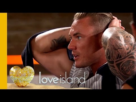 Tom Is Left SHOCKED When His Ex Emma-Jane Enters The Villa   Love Island 2016