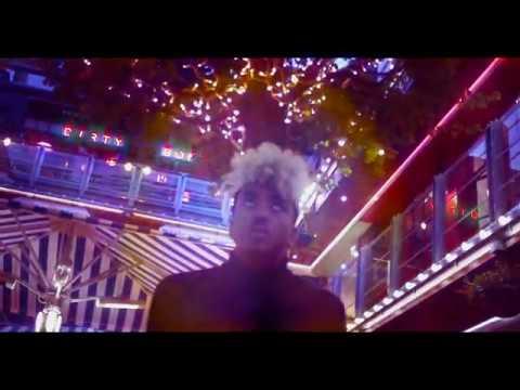 Youtube: LK de l'Hotel Moscou – Jet Lag (prod. Holos Graphein)