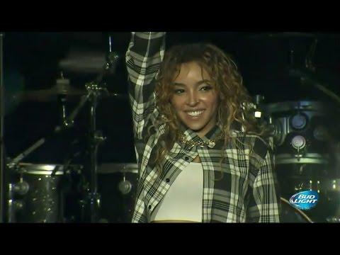 Tinashe - Live at Power 106's