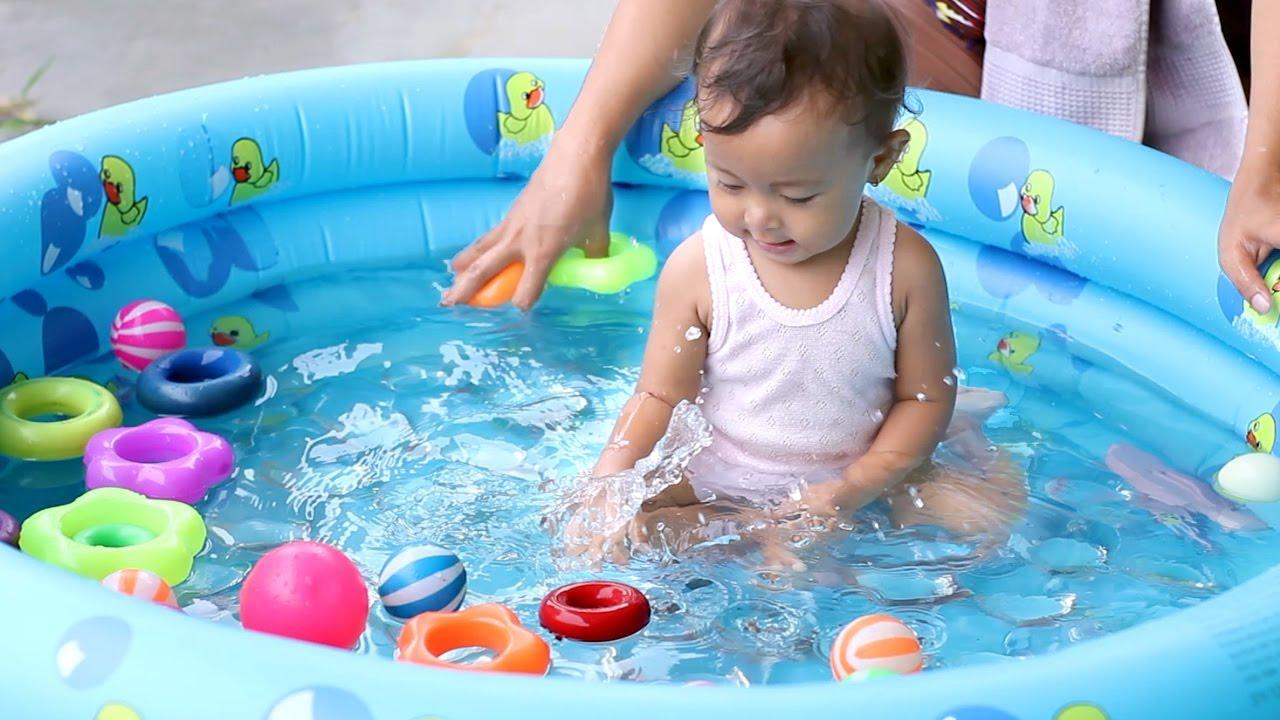 unboxing mainan anak bayi lucu - kolam renang bundar - baby swimming pool  and kids - YouTube 23118a123c