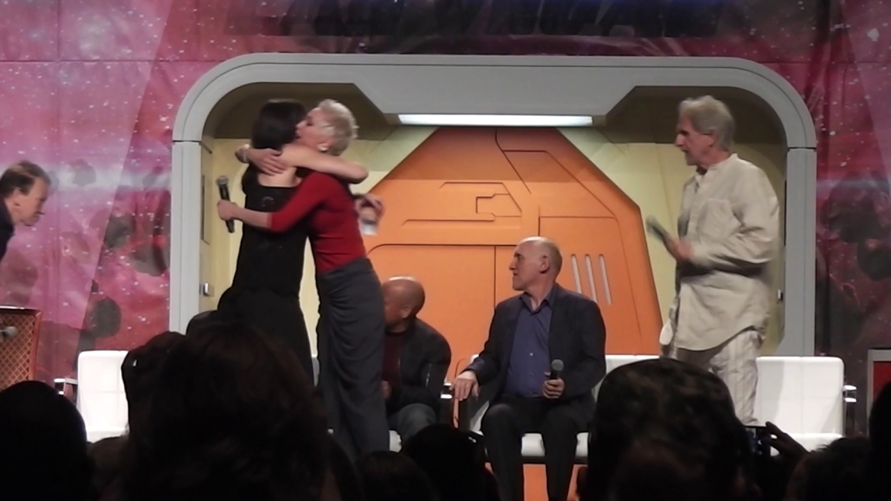 Download Deep Space Nine (Part 1 of 2) at the 2017 Star Trek Convention