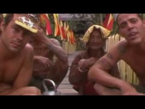 Drinking with Dayak people in longhouse in Borneo (Wildboyz in Indonesia)