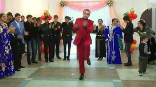 Красивый цыганский танец жениха