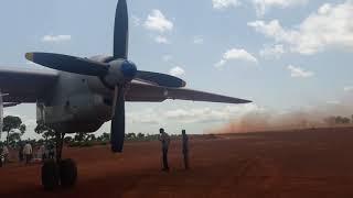Взлёт АН-74 с Ииды(Судан), и посадка АН-26.