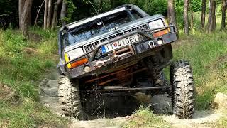 4x4 off road Nissan patrol, Toyota Land cruiser, Jeep cherokee, Ford raptor, Suzuki jimny (4K).
