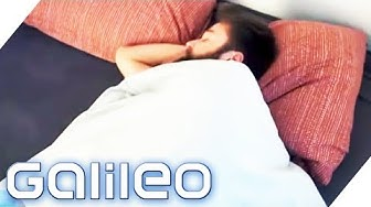 Können Gewichtsdecken wirklich unseren Schlaf verbessern? | Galileo | ProSieben