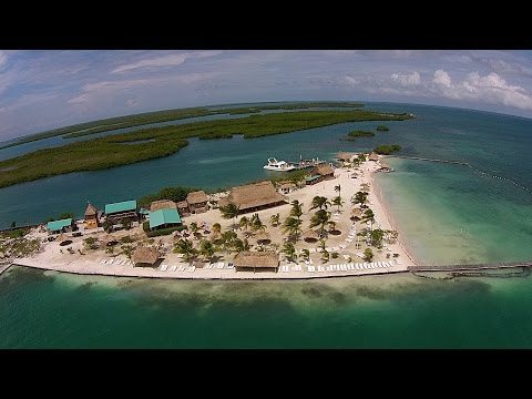 Raw drone video Starfish Island Belize