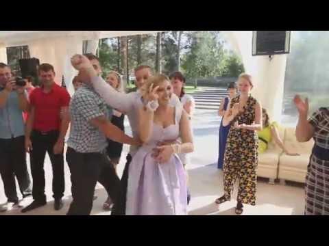 Самый веселый свидетель на свадьбе - Лучшие приколы. Самое прикольное смешное видео!