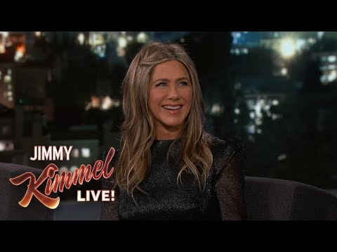 Jennifer Aniston on Dolly Parton & New Movie Dumplin' Mp3