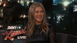 Baixar Jennifer Aniston on Dolly Parton & New Movie Dumplin'