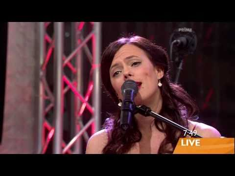 The Show - Lenka  @ (Sunrise 29.10.2008 ) HD [1080p]