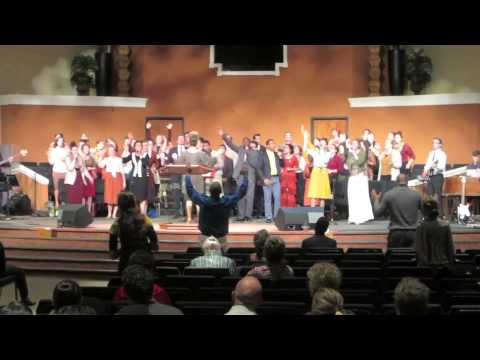 Urshan College Choir- What Can I Do by Tye Tribbett - YouTube