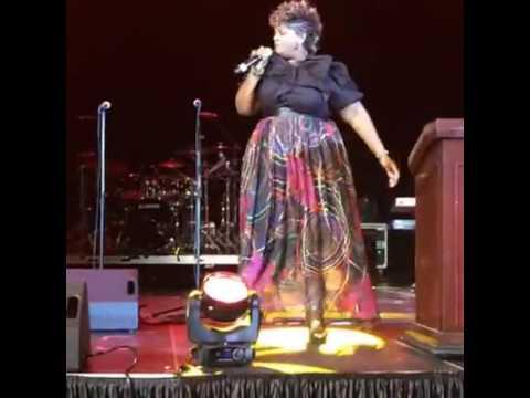 Walmart's Next Gospel Superstar Valaur Dickerson's Gospel Explosion Performance