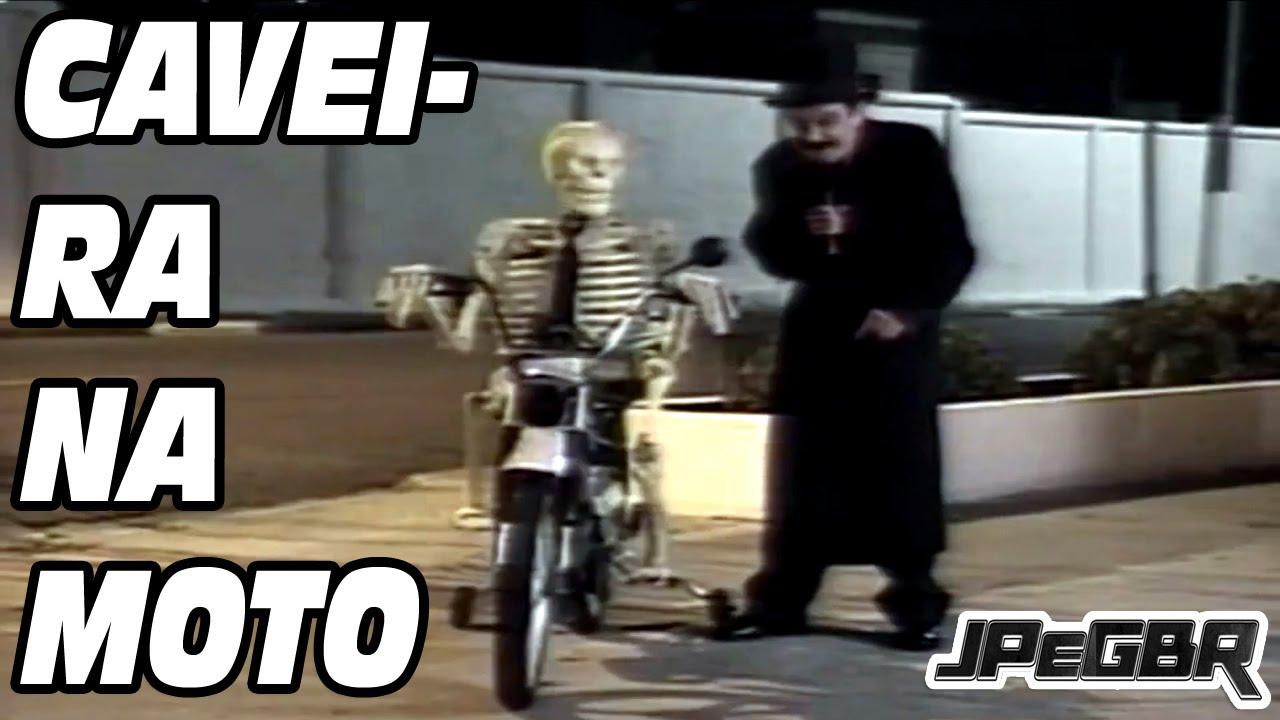 video da pegadinha da caveira na moto