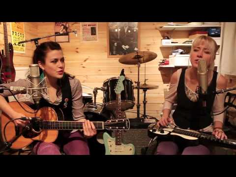 Larkin Poe in conversation