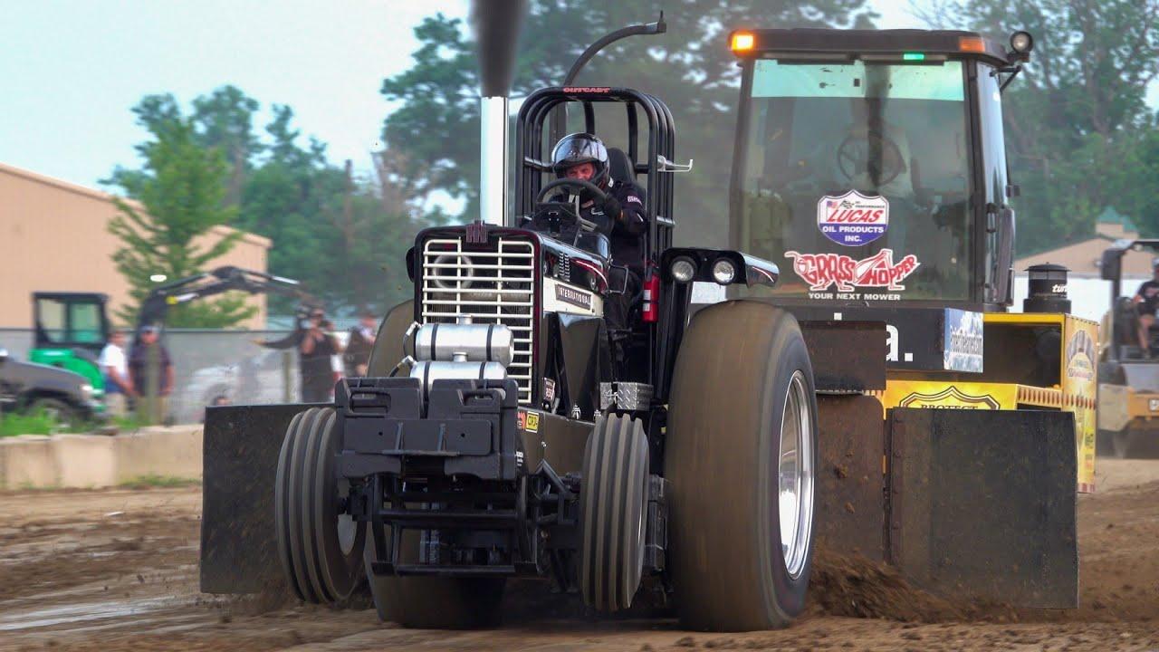 Tractor Pulling 2021 Altered farm/Light Combo Lebanon, Indiana. Indiana Pulling League