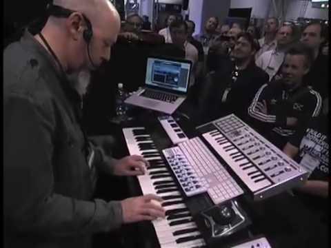 AWESOME Jordan Rudess Omnisphere Demo