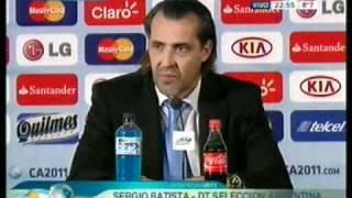 Video: Batista trata de justificar lo injustificable: la eliminación de la Selección Argentina de la Copa América.