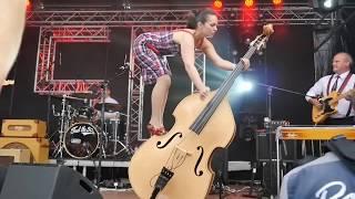 The Bass Pixie - Rockin' Bass Jump!