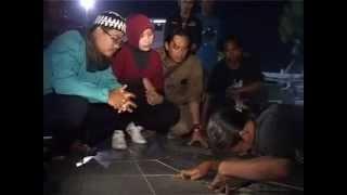 DUA DUNIA : Tugu Pahlawan Surabaya - Full