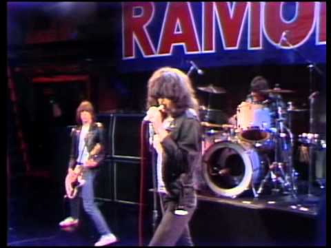 Ramones - I Wanna Be Sedated / The KKK Took My Baby Away, live, Tomorrow Show (HQ!)