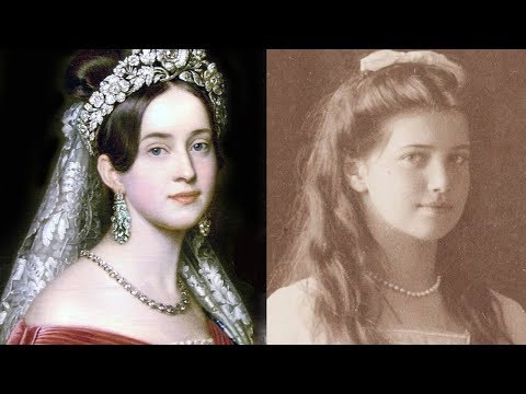 Top 10 Most Famous and Beautiful Queens In History || Pastimers