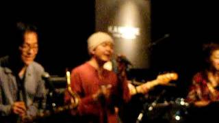 Repeat youtube video 「みんなの海」 今出宏&the Aprons live at KAMOME yokohama 2011/3/21