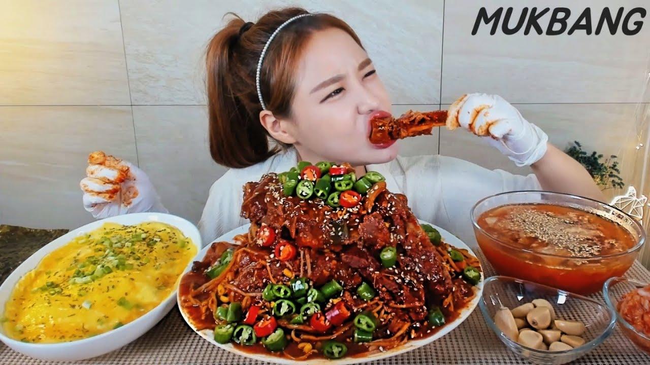 SUB) 땡초듬뿍 매운등뼈찜 버터달걀밥 시원한김치냉국 먹방 Spicy Backbone Kimchi soup Egg fried rice MUKBANG ASMR yummy eating