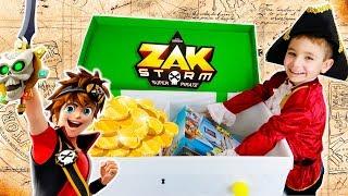 Swan découvre le Trésor de Zak Storm, Super Pirate !