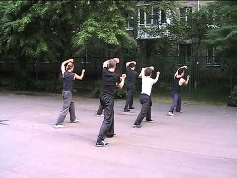 Фрагменты тренировки по курсу группы для начинающих Цзибэньгун (базовая работа)
