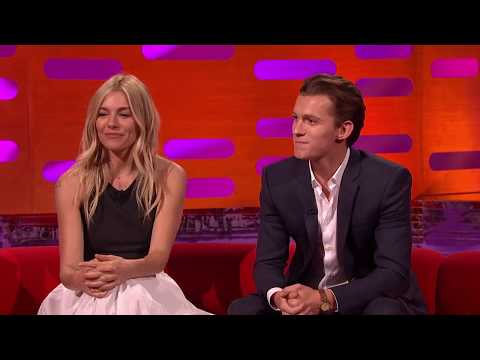 The Graham Norton Show S21E11 720p Mark Wahlberg, Sienna Miller, Tom Holland