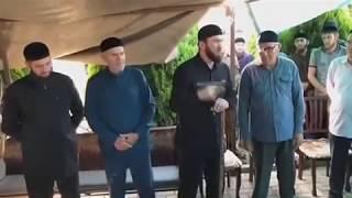 Даудов «Лорд» ругает тех кто призывал чеченцев к жихаду. Смотреть до конца.