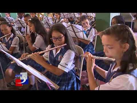 Concierto estudiantil del Oriente de cali en concierto con la Banda departamental del Valle