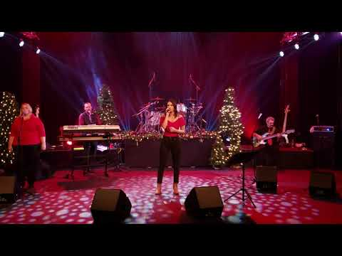 "Emily Adams, ""Hallelujah"" @ Fortunate And Friends Christmas 2019"
