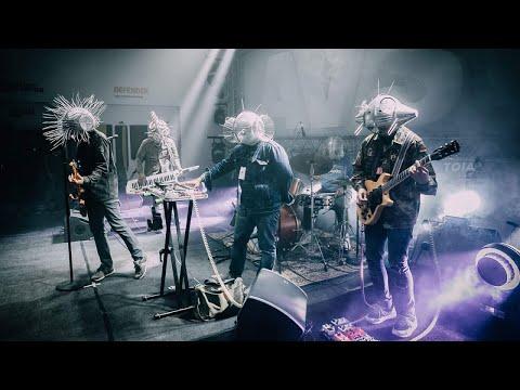 Pedicab - Alipin (Official Music Video) | SoupstarTV