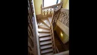 Английская лестница из ясеня(Подробности на сайте http://www.wood-digital.com/ Деревянные лестницы http://www.wood-digital.com/#!bespoken-wooden-stairs-page1/cbc9 Двери на ..., 2014-12-03T19:20:09.000Z)