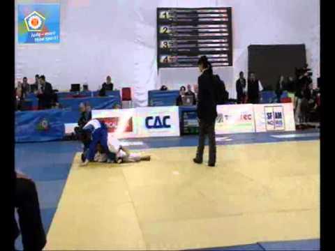 Judo EM 2011 in Istanbul:  -66kg FASIE Dan Gheorghe (ROU) - MAYR Michael (AUT)
