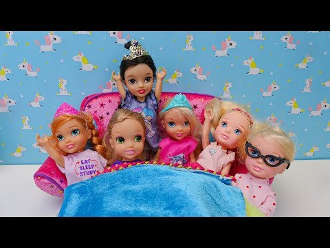 Elsa and Anna toddlers sleepover part2