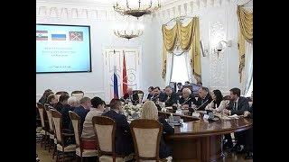 Смотреть видео Курский регион и Санкт Петербург расширяют сотрудничество онлайн