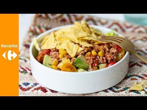 salade-mexicaine-à-l'avocat,-viande-hachée-et-chips
