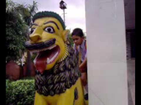 Aaja Aaja dil Nichode..Raat ki Matki tode... ... Kaminey staring Sritam Tripathy