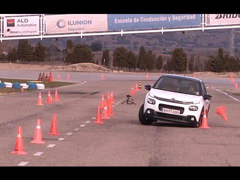 Citroën C3 PureTech 82 2017 - Maniobra de esquiva (moose test) y eslalon | km77.com