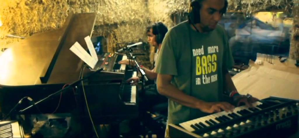 the-egg-something-to-do-live-at-the-cowshed-studio-glastonbury-2011-theeggfilms