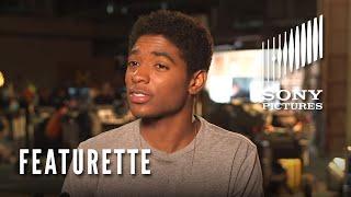The 5th Wave Featurette: Meet Poundcake
