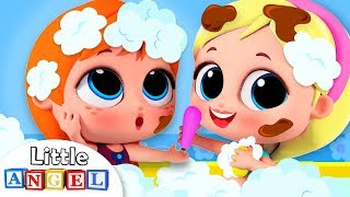 Le Bain avec Elsa & Anna | Comptine pour enfants par Little Angel - Français